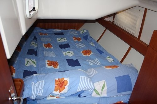Double cabins aboard the vessel are conforatble and bright