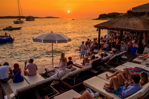 Enjoying in romantic sunsets is a unique experience on a sailing tour in Croatia