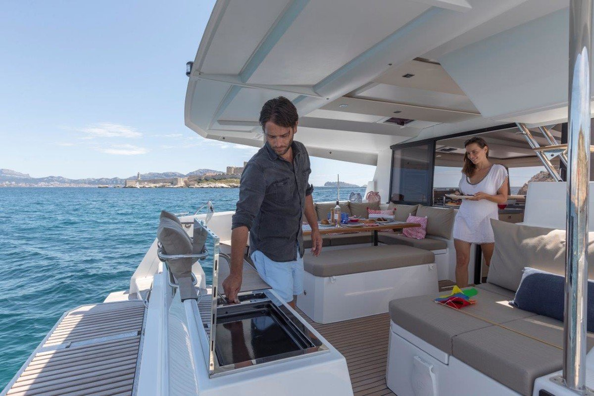 All our luxury yacht can provide maximum commodity on your trip