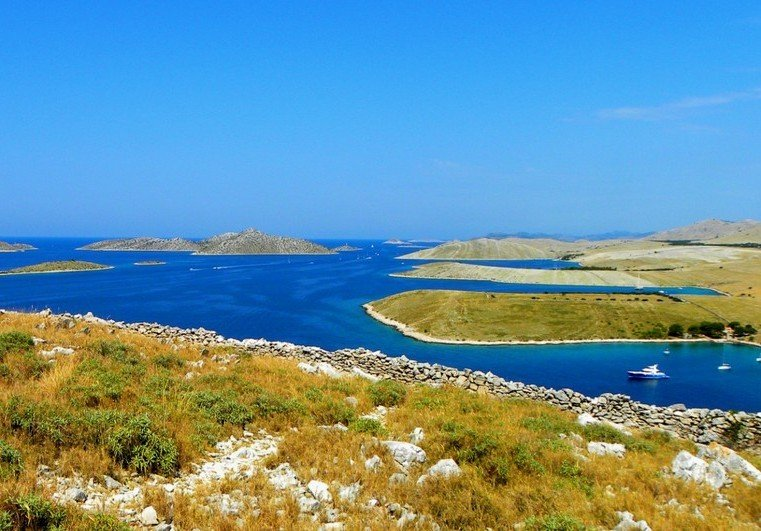 Zadar sailing tour through 100 islands of the Kornati national park