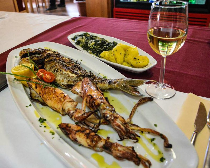 Grilled fish and squid is a Dalmatian specialty