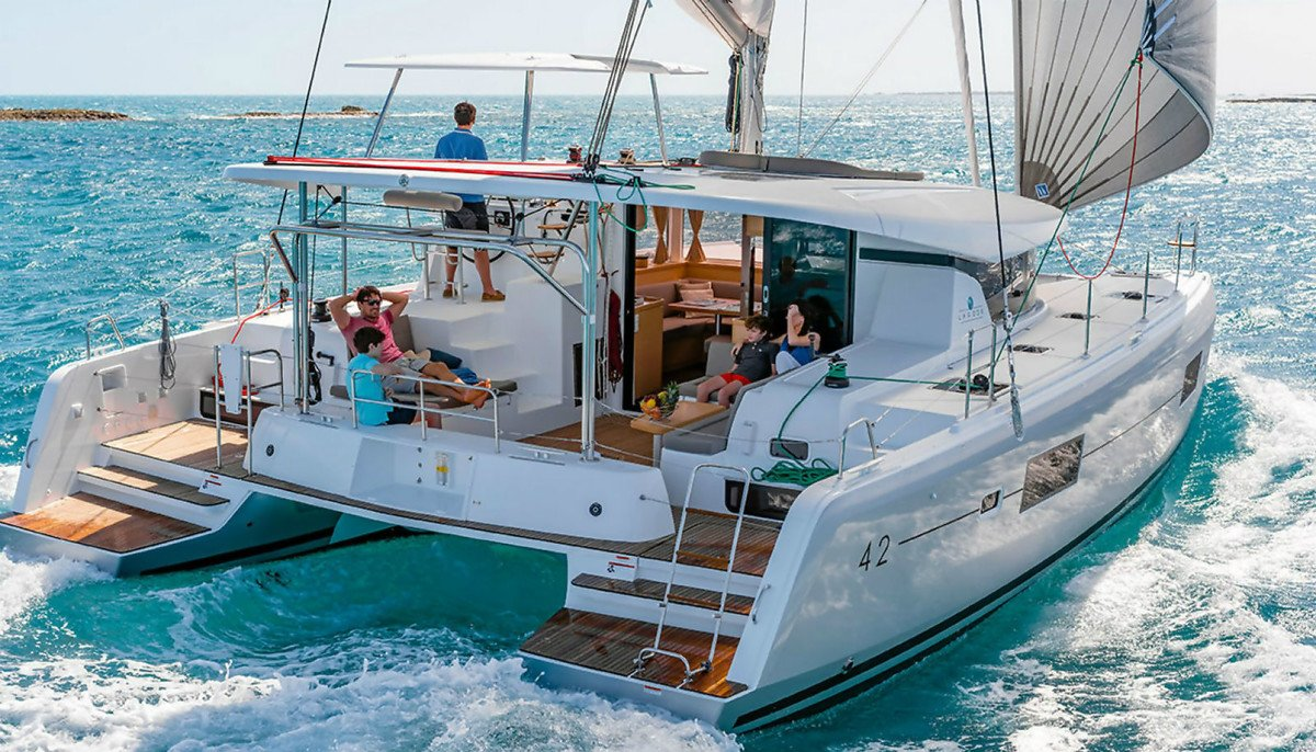 Croatia catamaran Charter - enjoy in luxury aboard