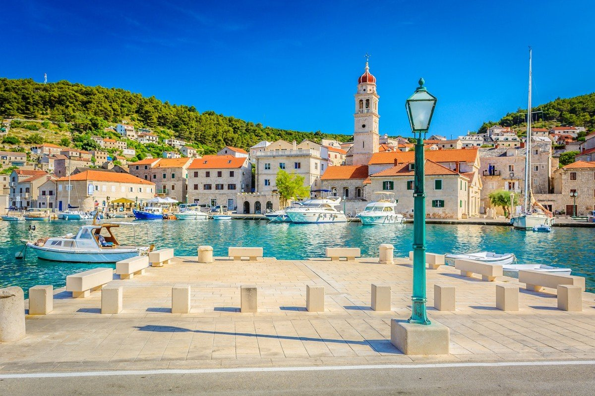 Beautifully set Mediterranean architecture married with white marble rooftops of Pučišča