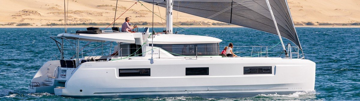 Hire Lagoon 46 with skipper from Dubrovnik